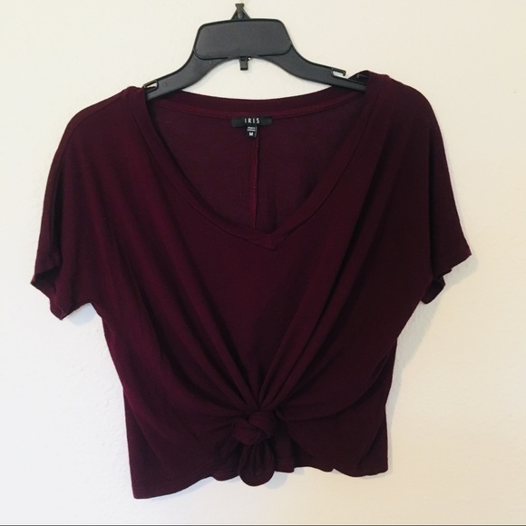 iris Tops - 🚛 MOVING SALE 🚛 Purple tie-front cropped top